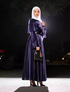 بالصور فساتين ملكه , اجمل الموديلات لفساتين الملكات تابعيها 1116 4