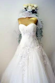 بالصور فساتين اعراس , احدث التصميمات العصرية لفساتين الزفاف 1250 8