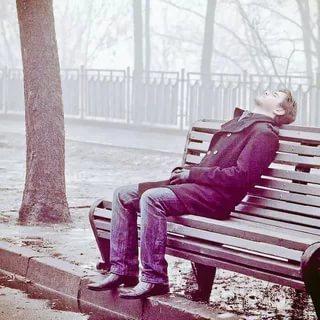 صوره صور رجل حزين , صور مؤثرة رجال انهكهم الحزن