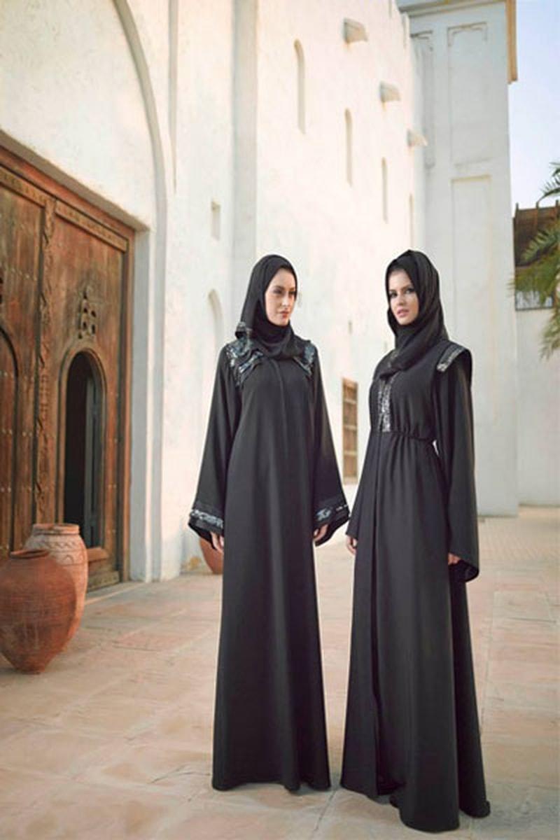 بالصور عبايات خليجية , صور حديثة للتصميمات العصرية للعباءة الخليجي 1365 2
