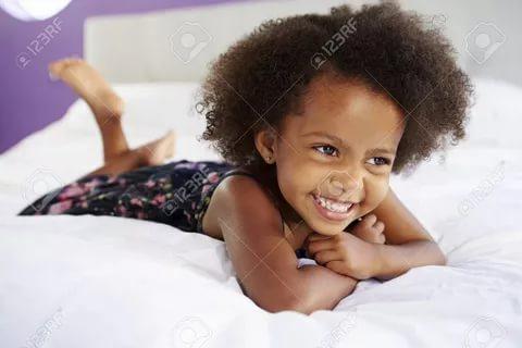 بالصور صور بنت صغيره , صورة رقيقة وجذابة لفتاة صغيرة سمراء 381 20