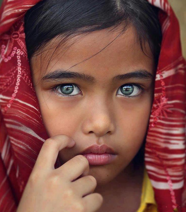 بالصور صور بنت صغيره , صورة رقيقة وجذابة لفتاة صغيرة سمراء 381 21