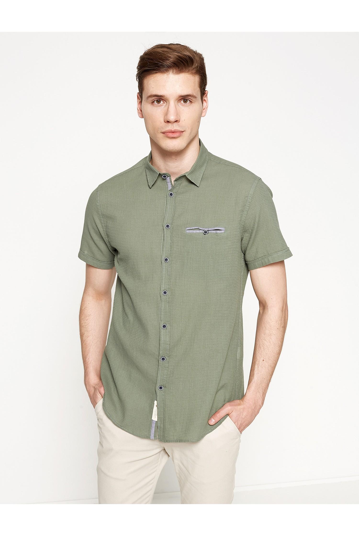 بالصور قميص رجالي , اختيار القميص المناسب من اسرار جذب النساء 1498 3
