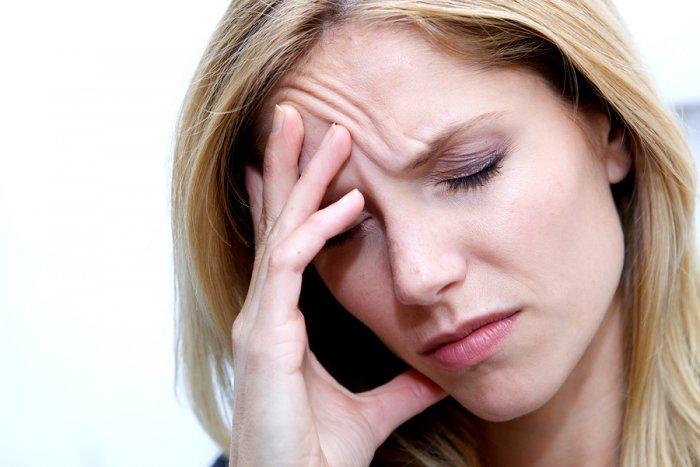 صور اسباب صداع العين , المشاكل المتعلقة بالصداع فى منطقة العين