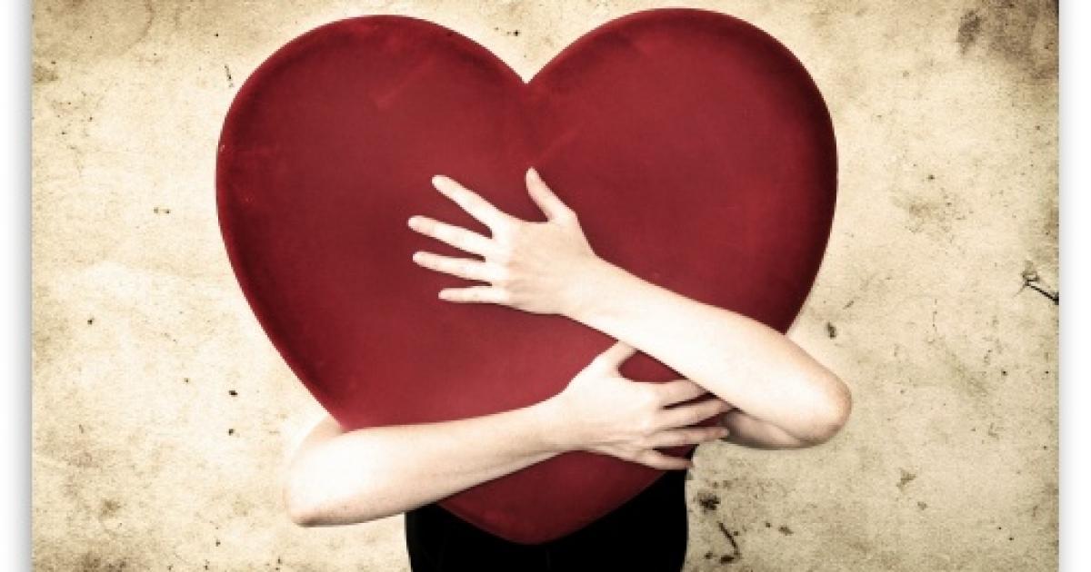 بالصور علامات الحب عند البنت , عندما تحب البنات تظهر عليها علامات 8509 2