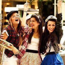 بالصور صور فتيات صديقات , اجدد تصميمات صور عن الصديقات الفتيات 8601 3