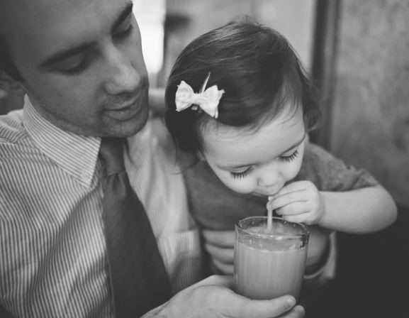 بالصور صور اب وبنته , اروع صورة للاب مع ابنته 8881 7