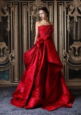 بالصور فساتين سهرة حمراء , شاهد شياكة الفستان الاحمر 10986 7