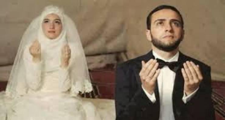 بالصور الجمع بين الزوجين , العلاقة السامية بين الرجل والمراه 11004