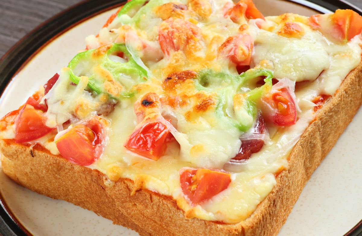 صورة طريقة عمل اكلات بالتوست بالصور , طرق لذيذة لعمل اكلات مختلفة من خبز التوست 8479 5