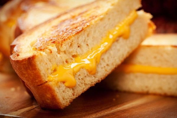 صورة طريقة عمل اكلات بالتوست بالصور , طرق لذيذة لعمل اكلات مختلفة من خبز التوست 8479 7