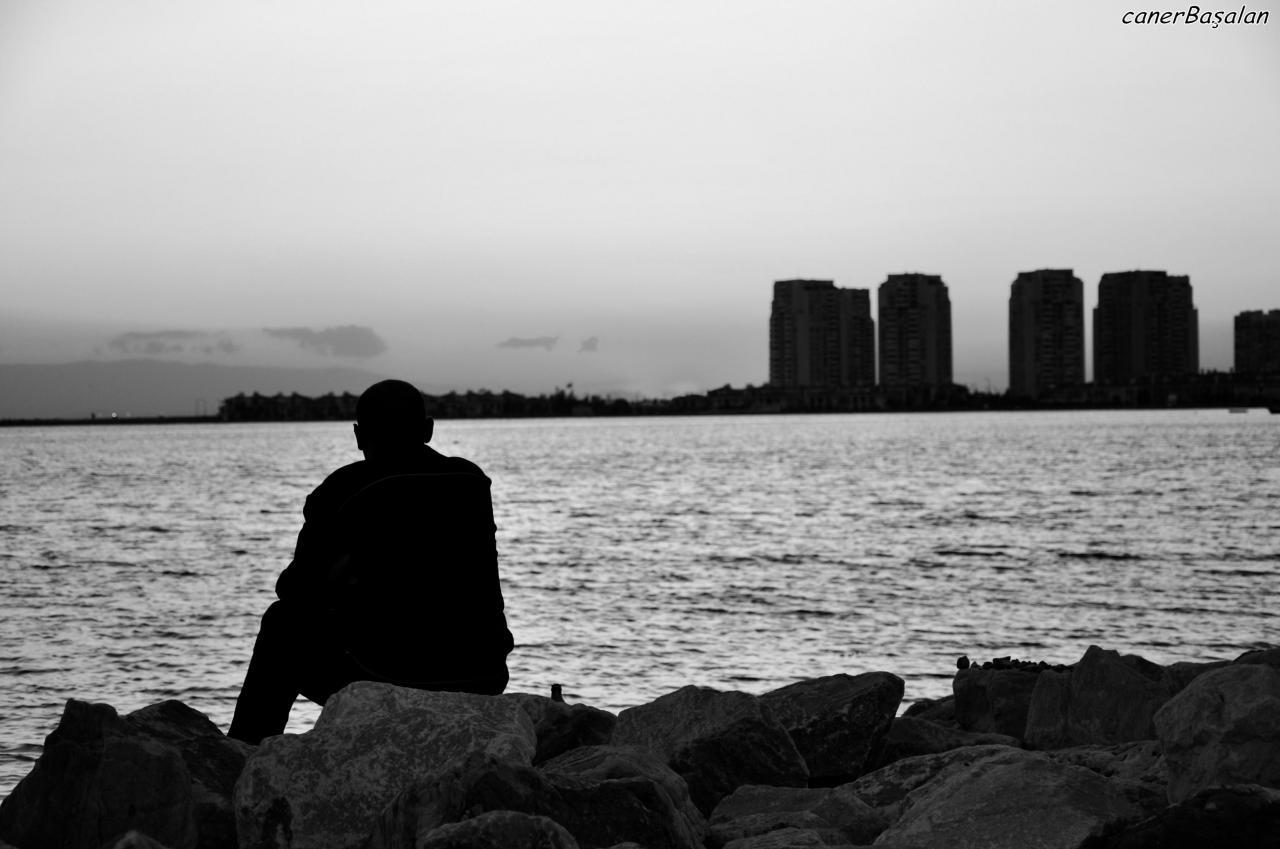 صور صور شخص حزين , الحزن يسكن داخل الانسان