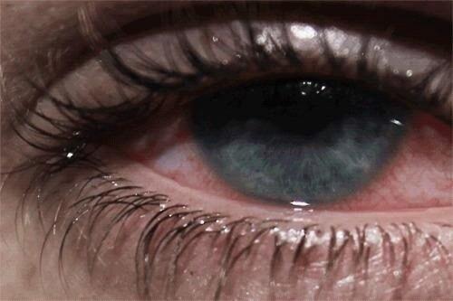 صورة صور عيون تدمع , تعبير الدموع عن حزن عيون