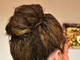 صورة صبغات طبيعية للشعر الابيض , تعرف علي انواع الصبغات الطبيعية للتخلص من الشعر الابيض 8402
