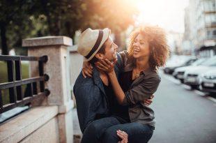 صورة كلمات رومانسية للحبيب , تعرف علي افضل و اجمل الكلمات الرومانسيه