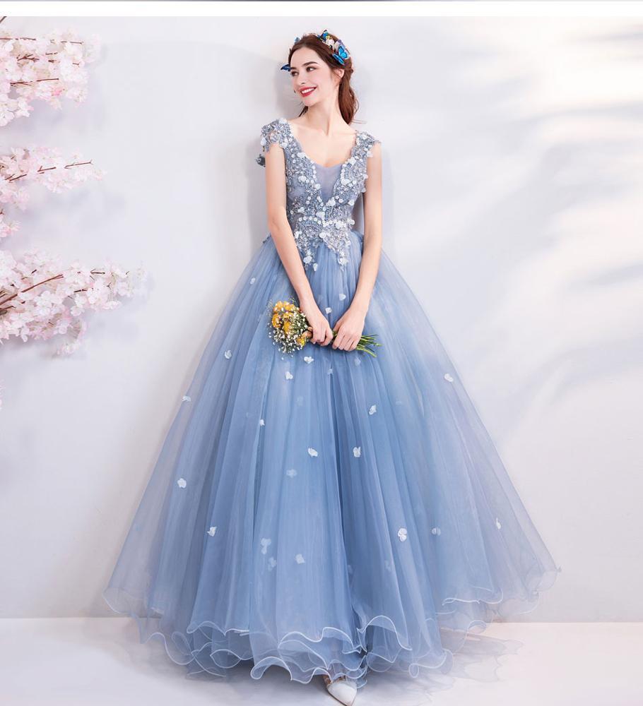 صورة فساتين حفلات , تعرفي علي احدث موديلات الفساتين في 2020 3645 1